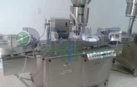 two head vial filling and stoppering machine